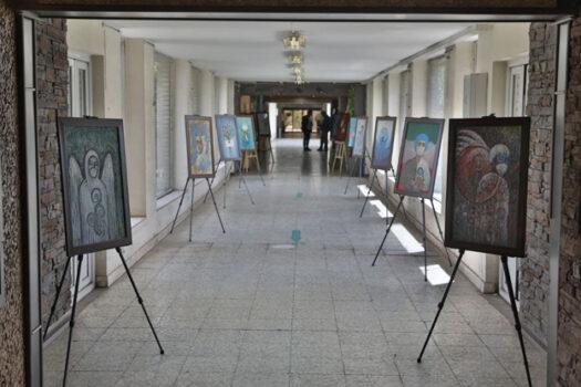 برگزاری نمایشگاه نقاشی همدلی با مدافعان سلامت