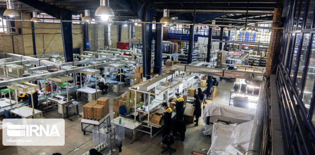 اتمام محدودیتهای اعمال شده برای مصرف برق صنایع تا پایان شهریور