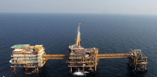 عزم دولت سیزدهم برای برداشت حداکثری از میادین مشترک نفت و گاز