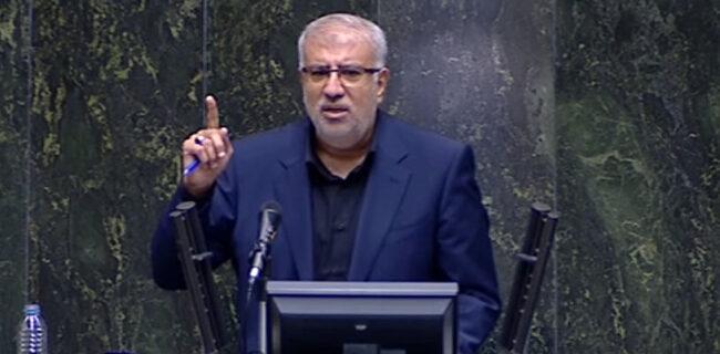 وزیر نفت: راه اندازی پترو پالایشگاهها در دستور کار قرار میگیرد