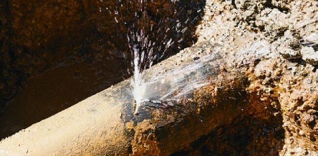 ٣٠ درصد از شبکه توزیع آب آشامیدنی استان سمنان نیازمند بهسازی است