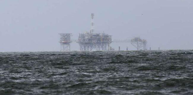 افزایش بهای نفت در آستانه نشست اوپک پلاس و فصل سرما