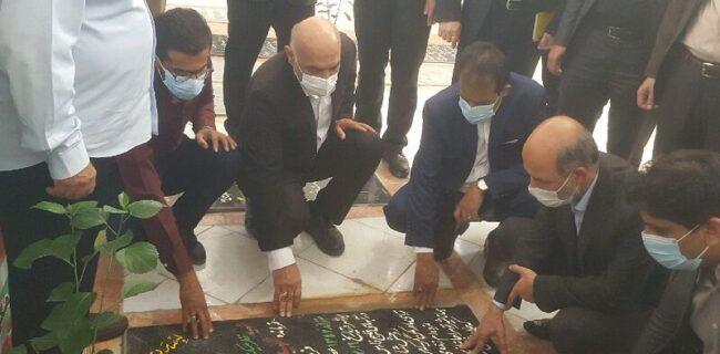 وزیر نیرو از خانواده سردار شهید نادر مهدوی تجلیل کرد